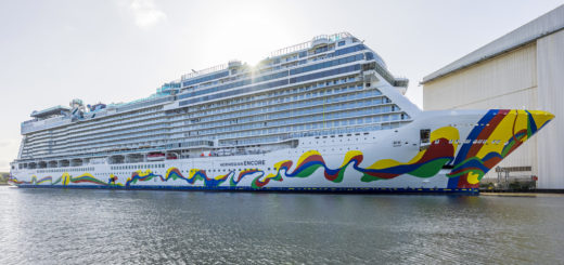 Norwegian Encore in Papenburg