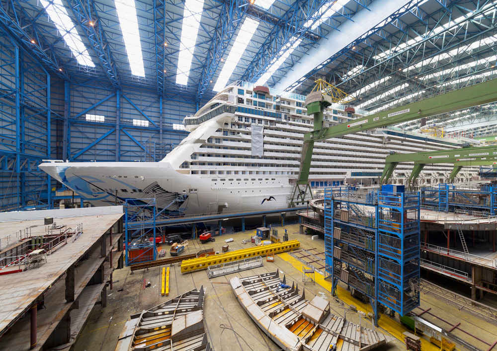 Norwegian Escape im Baudock II der Meyer Werft in Papenburg. Foto: Meyer Werft