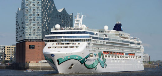 Norwegian Jade in Hamburg. Foto: Lenthe