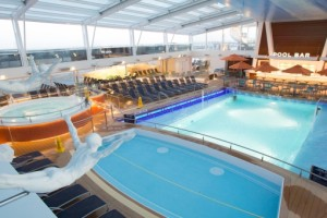 Pool bereich der Quantum of the Seas. Foto: Royal Caribbean International
