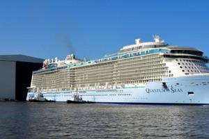Quantum of the Seas bei der Ausdockung auf der Meyer Werft in Papenburg. Foto: Meyer Werft