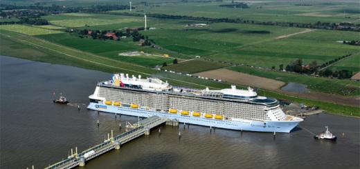 Quantum of the Seas bei der Ems-Überführung Richtung Nordsee. Foto: Meyer Werft