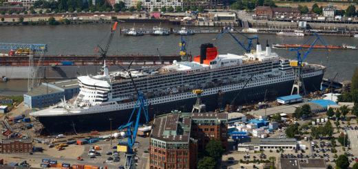 Queen Mary 2 bei Blohm+Voss in Hamburg. Foto: Blohm+Voss