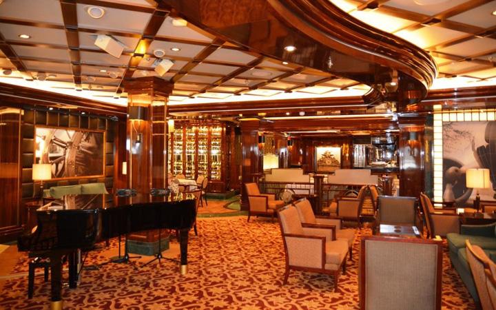 Wheelhouse Bar auf der Regal Princess. Foto: Udo Horn