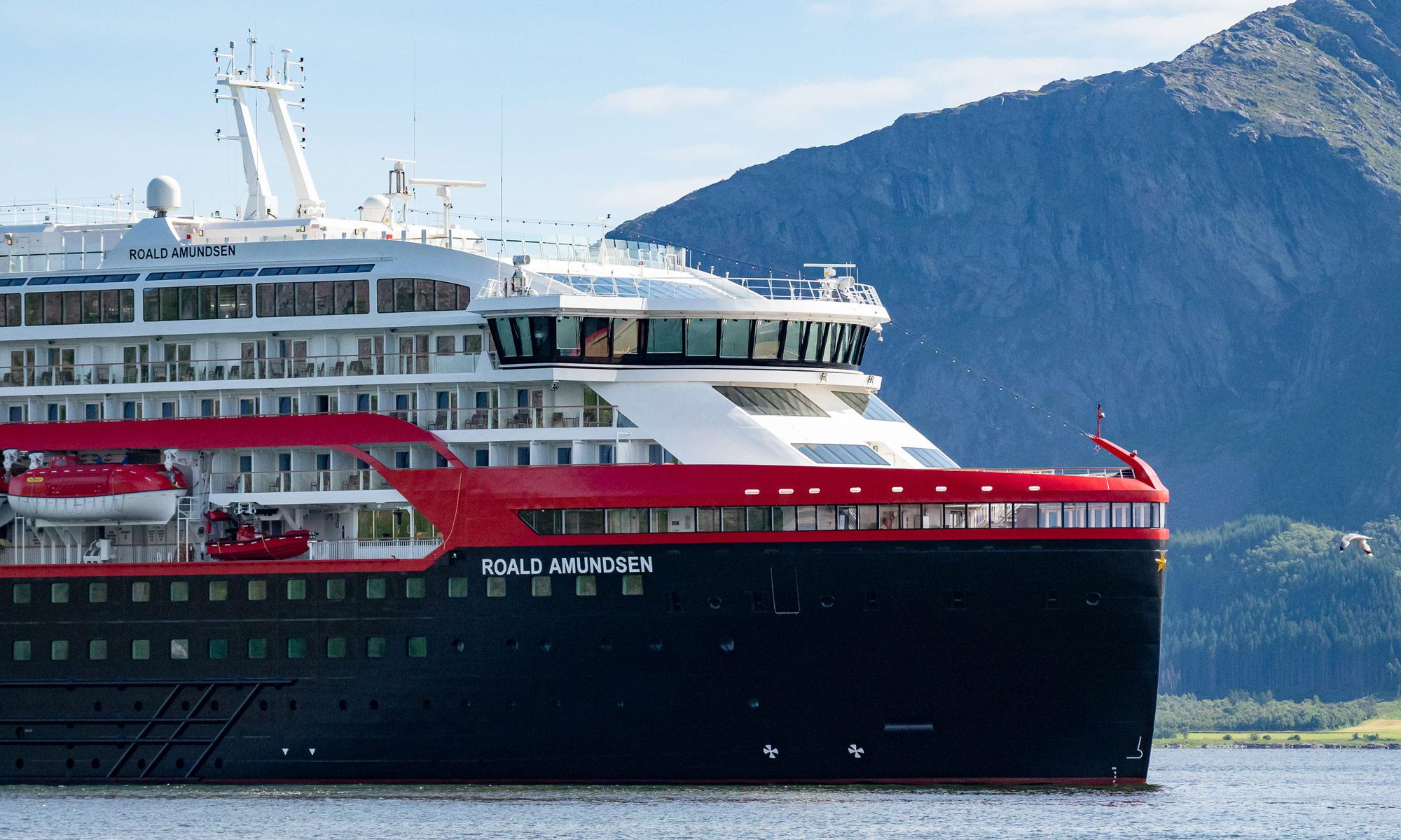MS Roald Amundsen von Hurtigruten