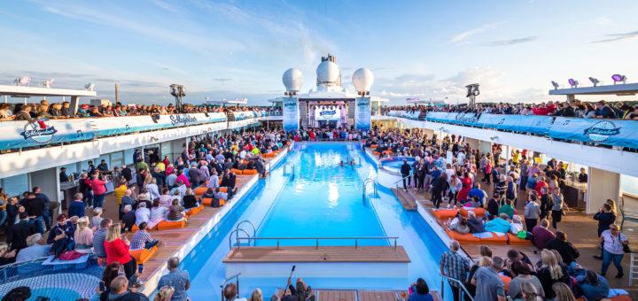 Schlagerliner von TUI Cruises