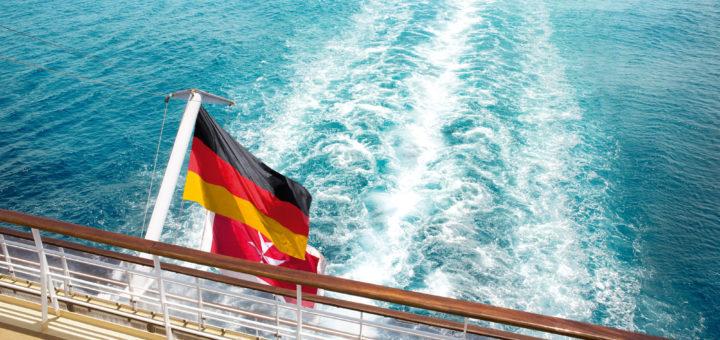 Mein Schiff mit Malta-Flagge. Foto: TUI Cruises
